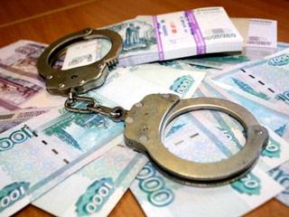 Россия раскрыла крупное хищение средств из сферы ЖКХ с помощью разведок шести стран. Мошенники купили на них отели во Франции