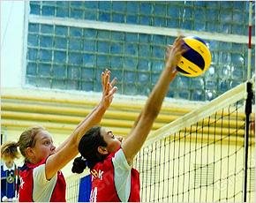 Волейбольный «Брянск» потерпел два сухих поражения в Череповце