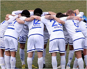 brn_dinamo_players_white_med