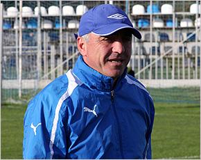 Тренеры брянского «Динамо» подтвердили категорию «B», Дмитрий Ларин должен сдать на категорию «А»
