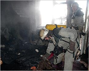 МЧС сообщает: во вторник в Фокинском районе горела многоэтажка
