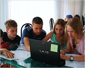 «Лифт в будущее»: брянская школьница разработала проект смоленского сельхозкластера