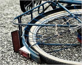 В Навле вечером во вторник грузовик снёс велосипедистку