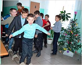 «Радимичи» устроили новогодний благотворительный марафон по всей Брянской области