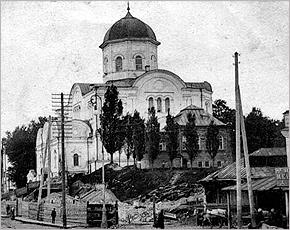 ГородБрянск.Ru продолжает прогулки по городу с банком «Акцент»