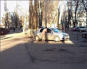 Зимнее обострение в Бежице: двое голых пешеходов за день