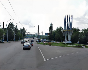 Между Октябрьским мостом и путепроводом «Брянск-I» запущено круговое движение