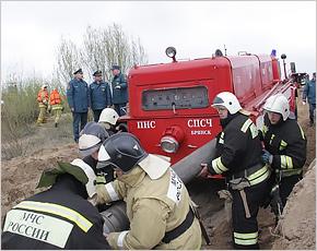 Брянские спасатели условно помогли условно затопленному областному центру
