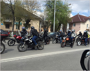 По Брянску прошёл очередной мотопробег — «Красно-белой армии»