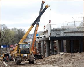 Нерест приостановил «русловые» работы на Первомайском мосту на 2 месяца