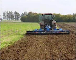 Фермер Сергей Фирсов при поддержке «Россельхозбанка» засевает в день больше 200 гектаров