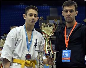 Брянский каратист Рамин Акберов стал серебряным призером первенства мира