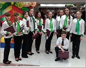 Брянские вокалисты спели в Кремле в составе Детского хора России