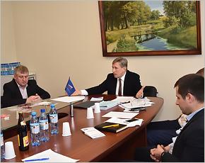 Виктор Гринкевич собрал жалобы и предложения транспортников для передачи министру