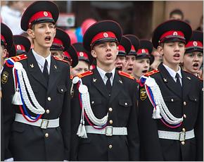 Для кадетов и суворовцев предлагается ввести льготы при поступлении в военные вузы