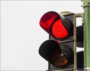 ГИБДД: в Брянске — 17 проездов на «красный» за день