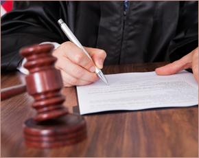 Сотрудницу унечской УК ограничили в свободе за подделку документа