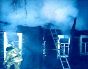 Молодой человек из брасовской деревни, обидевшись, заживо сжёг собутыльников
