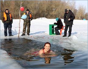 На озере Мутном в Брянске устроили турнир по аквайс-спорту