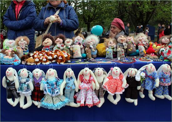«Город мастеров» в Брянске на 9 мая: лучшим из ремесленников стала Дарья Хаулина (ФОТО)