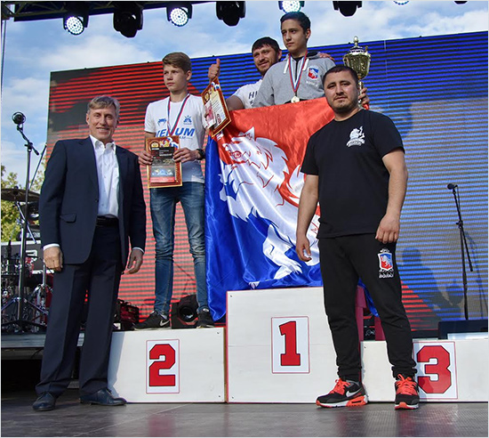 «Кубок «Белых Волков» в Локте завершился чемпионским боем по версии К-1