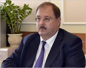 Брянский облизбирком принял документы от миллиардера Бориса Пайкина