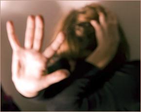 Житель брянского села изнасиловал 16-летнюю падчерицу