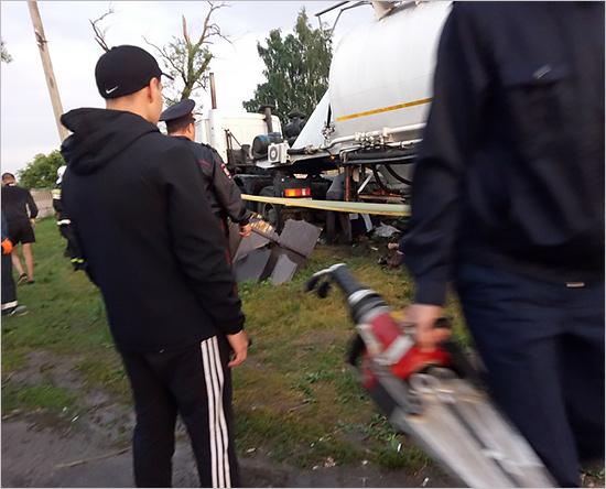 Смертельное ДТП в Жирятинском районе: выжившие подростки в отделении нейрохирургии, водитель большегруза — в СИЗО