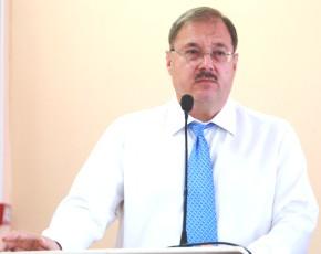 Почётный строитель России поздравил коллег с профессиональным праздником