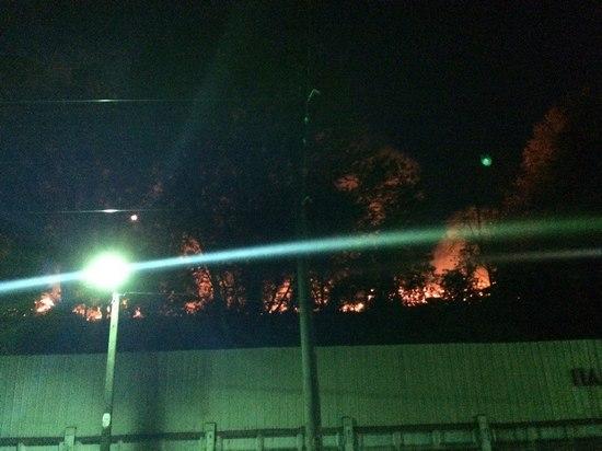 Очередной пожар на территории БМЗ тушили полтора часа (ФОТО)