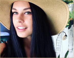 Брянская участница «Дома-2» пробилась в финал конкурса «Улыбка Вселенной»
