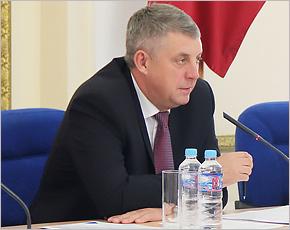 Брянский губернатор получили в медиарейтинге плюс 6 по итогам августа