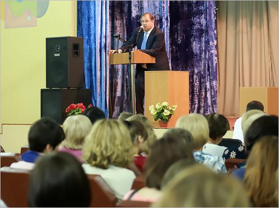 Престиж профессии медработника в Брянской области поднимается – Борис Пайкин