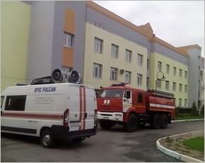 Детский онкогематологический центр в Брянске выезжали тушить больше десяти пожарных расчётов