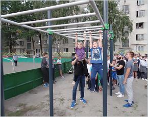 В Бежице восстановлена детская площадка «Катюша»