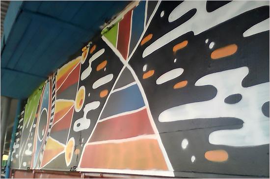 «Энергия молодых» раскрасила стадион в Дятьково отличными граффити