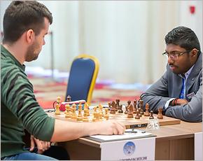 Ян Непомнящий победил на Кубке мира индийца Башкарана Адхибана