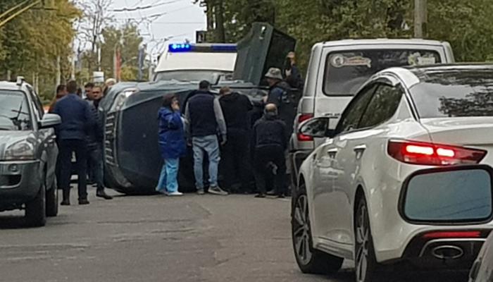 УКургана вБрянске перевернулся Субару: появилась пробка