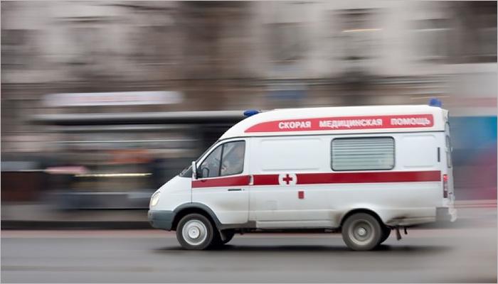 ВБрянске измашины скорой выпала пассажирка