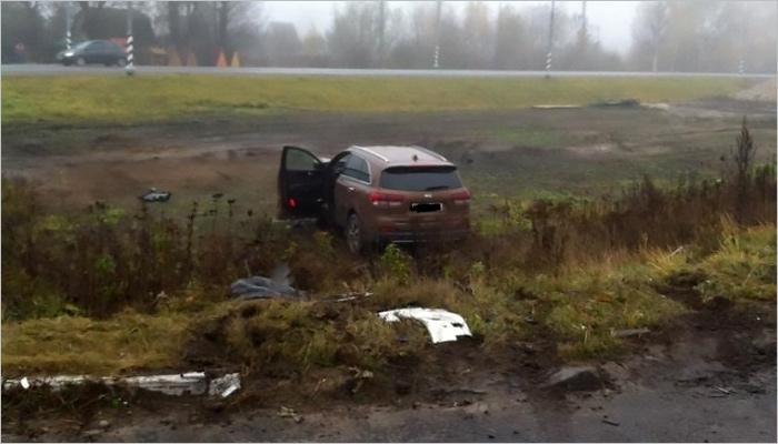 Под Брянском столкнулись две иномарки, умер один изводителей