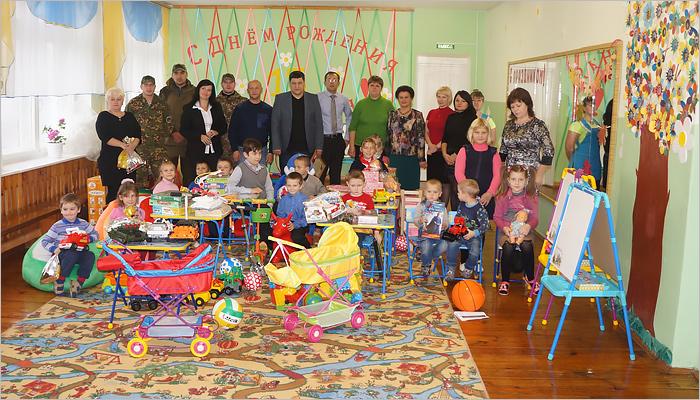 «Мираторг» подарил детскому реабилитационному центру целую комнату игрушек