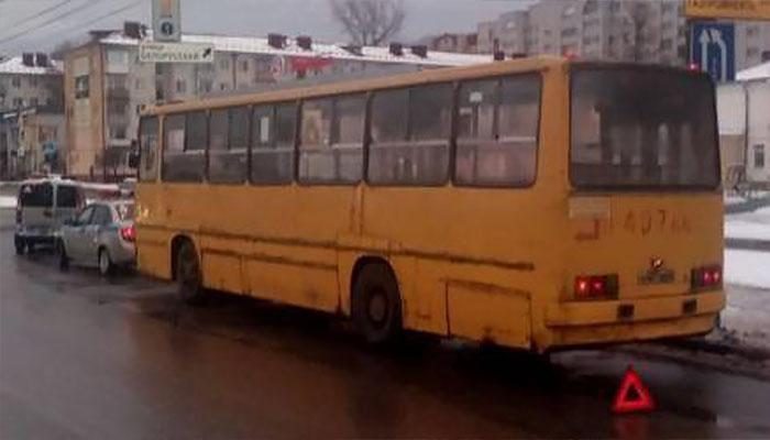 80-летняя брянчанка сломала бедро вавтобусе №2 напроспекте Московском