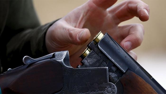 Брянец в нетрезвой ссоре застрелил изружья знакомого изакопал около дома