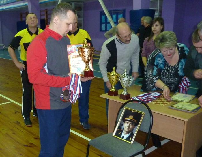 В Клинцах провели турнир по мини-футболу в память погибшего военного музыканта