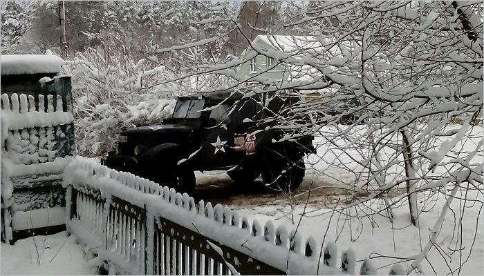 В ночь на понедельник Новозыбков засыпало снегом, несколько посёлков остались без света