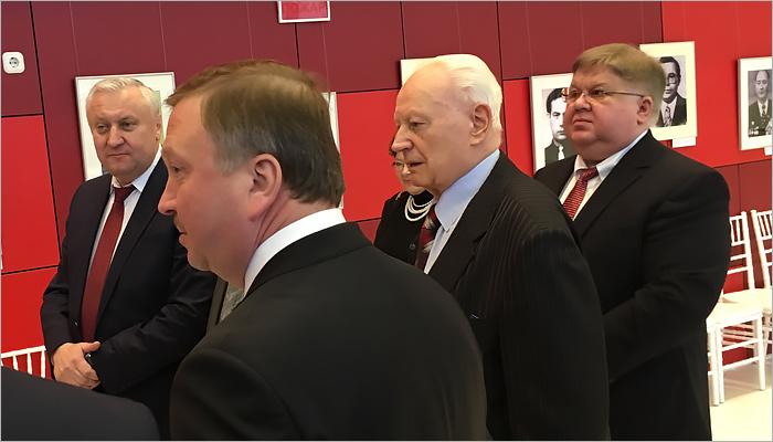 Брянцы поздравили Гомельскую область с80-летним юбилеем