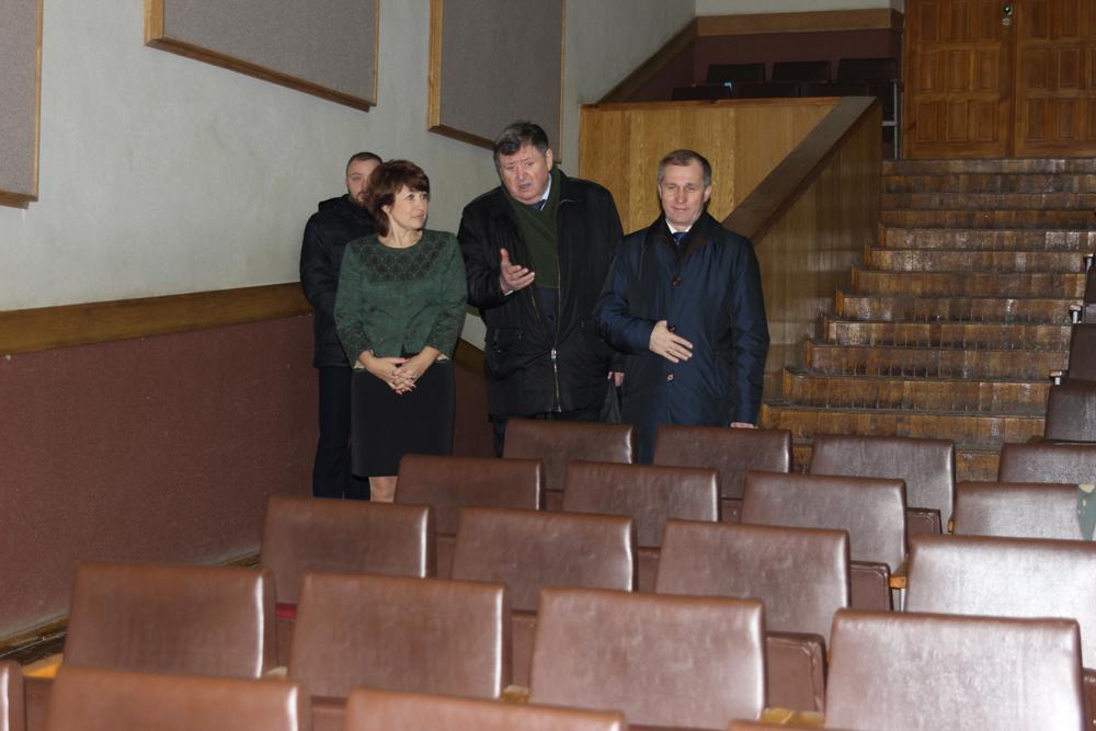 Градоначальник предлагает горожанам благоустраивать Брянск за свои деньги