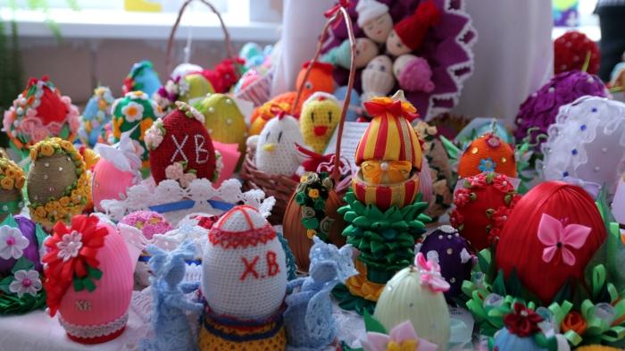 В Клинцах открылась выставка «Пасхальное яйцо-2018»