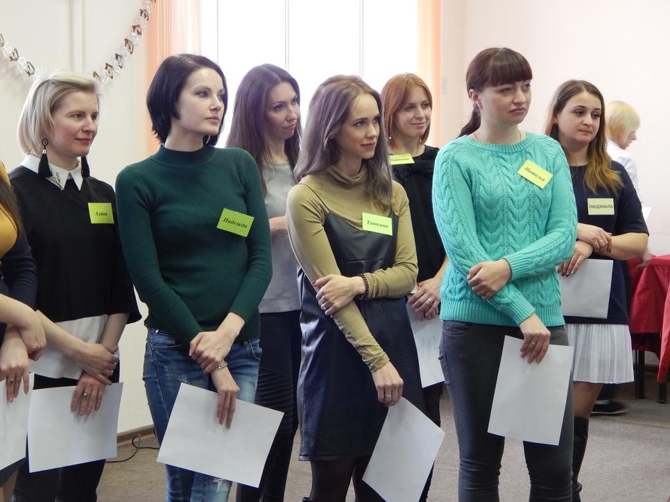 """В Брянске выбрана победительница образовательного проекта """"Мама-предприниматель"""""""