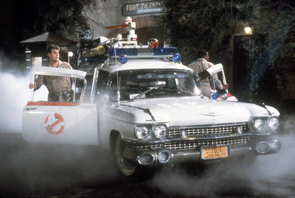 По Навле рассекает автомобиль «Охотников за привидениями»